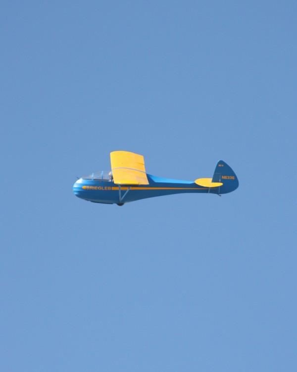 bg6_gliding