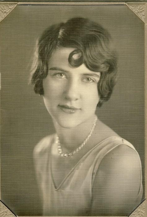 Annie Briegleb